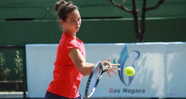 Beatrice Gumulya dan Indra Wijaya Juara Sirnas Riau@tenisindo - rovitavare